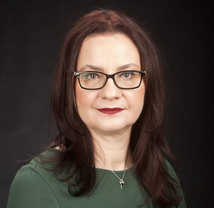 Dr. Anca Cerghizan